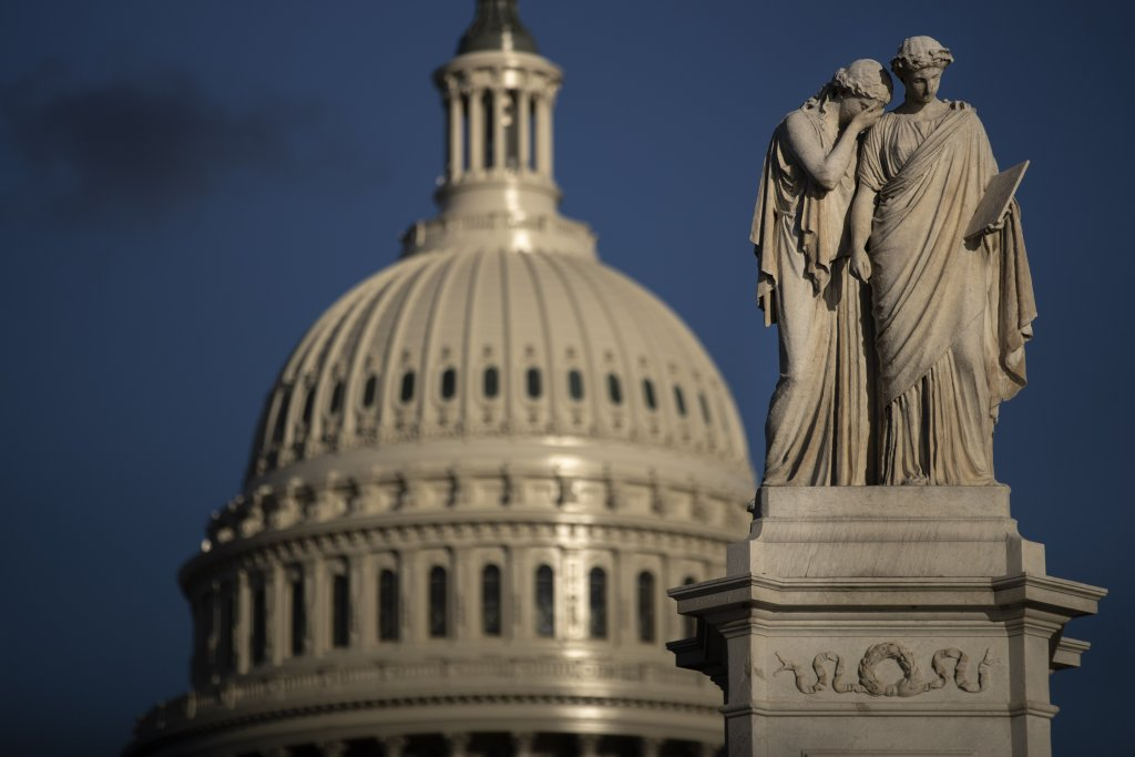 Struggle for control of the U.S. Senate enters its final tense hours
